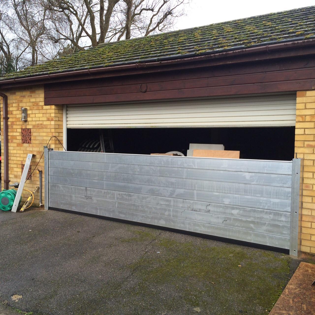 demountales-Weybridge Barrier Installation