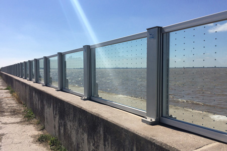 UK's Largest Glass Flood Defence Wall